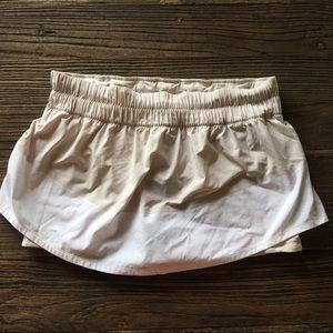 Lulu Lemon | Tan & White Skirt/Short